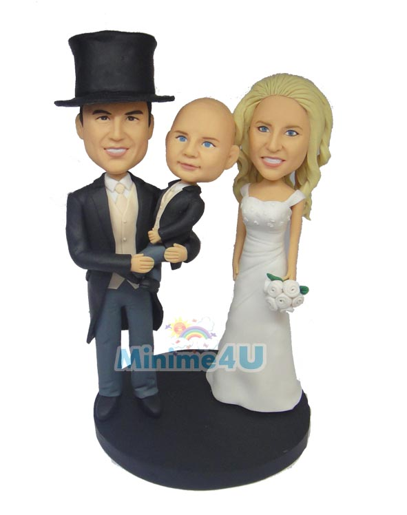 wedding cake topper for family set with kid