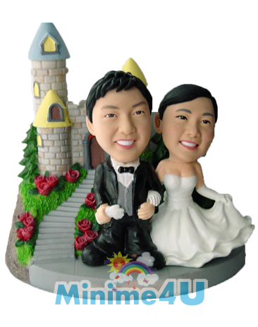 Wedding topper with castle